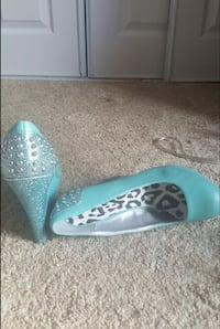 Teal studded wedges Houston, 77082