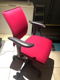 Hag H05 high end office chair