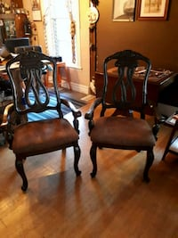 Dining chairs with arms Hamilton, L8P 3L5