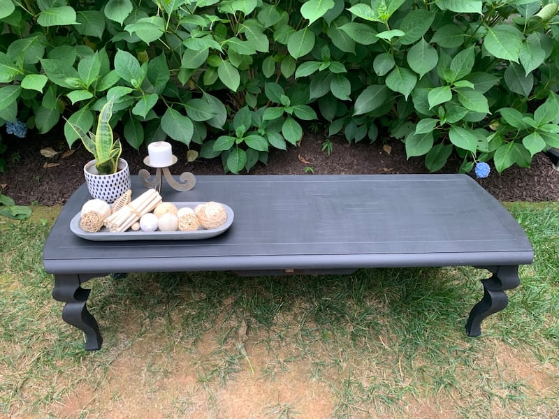 Black solid wood coffee table 7fce90e0-d464-4120-b113-504c18554d55