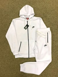 white and black zip-up hoodie Lanham, 20706