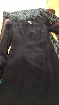 Women's clothes tops skirts dresses sizes medium and small all 2.00 a piece  Montréal, H9H 5C5