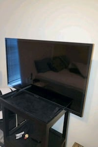 "32"" TV 1080p (Including Apple TV first gen) Durham, 27707"