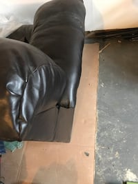 Pure leather black 3 seat sofa. NO RIPS OR STAINS Leesburg, 20175