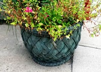 NEED GONE TODAY!! Round fibreglass planters Toronto, M6H 3V6