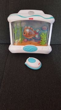 Fishcer price musical crib box with control
