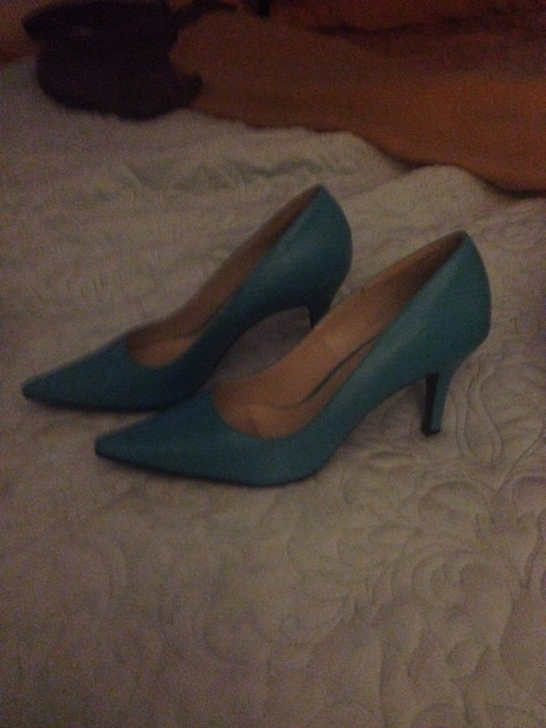 c723a1d638e Turquoise Women's High Heel Shoes size 7.5. WOMENS SIZE 7.5 TURQUOISE  LEATHER HEELS. BRAND NEW/NEVER WORN (Paid $49) $20