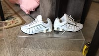 Women's size 9nike shocks clean  Richmond, 47374