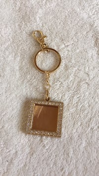 gold and silver gems key chain West Warwick, 02893