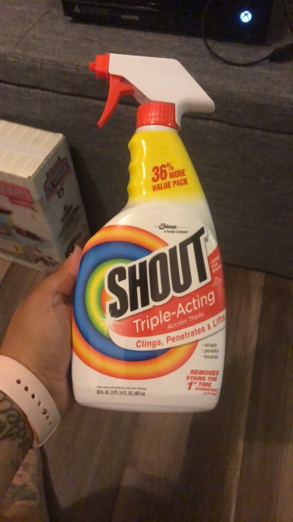 SHOUT  SPRAY 215eb580-b323-4f24-8ccd-e2d29348a5b4