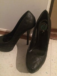 pair of black leather platform stilettos Montréal, H1Z 3J3