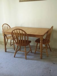 Wooden Table & Leaf w/ Chairs  Las Vegas, 89120