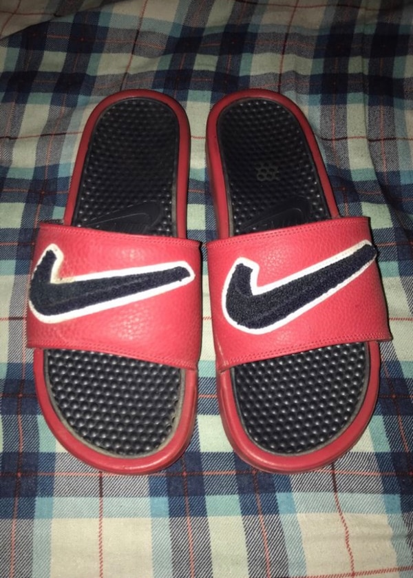 4be78463014a Used Red Nike Slides Cloth Check for sale in Dallas - letgo