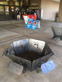 """Fire pit 6 square in parts ( portable) 1/4"""" steel and 1/2"""" steel   Conroe, 77303"""