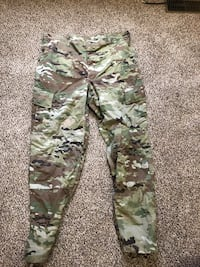 3 pairs of army pants Monroe, 28110