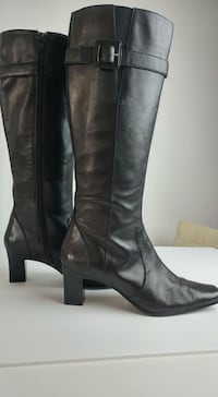 Anne Klein Boots - like new