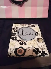white and black floral print box Cedar Falls, 50613