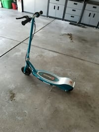 Razor Electric Scooter; Great Condition  Orland Park, 60467
