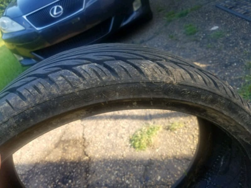 5 tires in total 2f9c2bf7-0d0e-40b5-bb8c-c27738244e18
