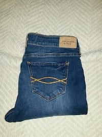 Abercrombie and Fitch  Size 4 $10. Riverside, 92505