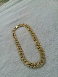 gold chain link necklace with pendant Herndon, 20170