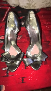 pair of gray-and-black leather open-toe heeled pumps Montgomery Village, 20886