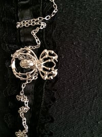 Spider choker necklace Vancouver, 98661