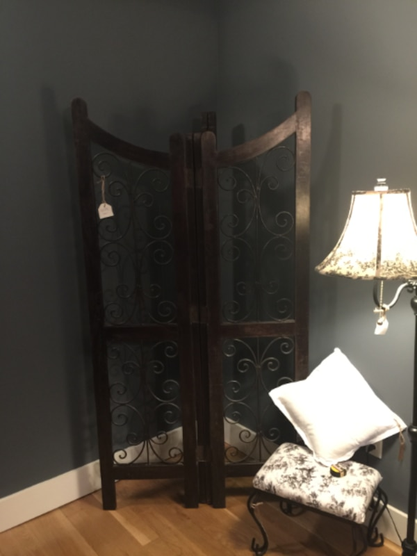 Very Heavy Dark Wood and Black Wrought Iron Four-Panel Room Divider! Gorgeous! 84f3bfc3-f99d-4202-ad4c-8a9ad94b1525