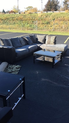 Furniture Set In Rockford Letgo