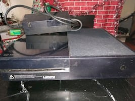 Xbox one with controller.