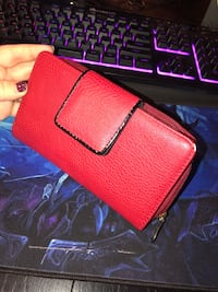 Red leather clutch wallet with removable card holder Columbia, 21045