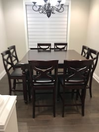 8 seater pub style espresso dining table. Good condition.   Vaughan, L4H