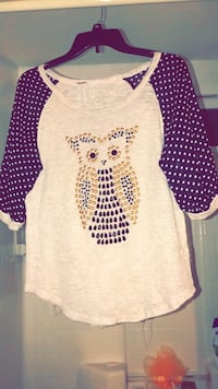 white and black owl scoop neck long sleeve shirt Hesperia, 92345