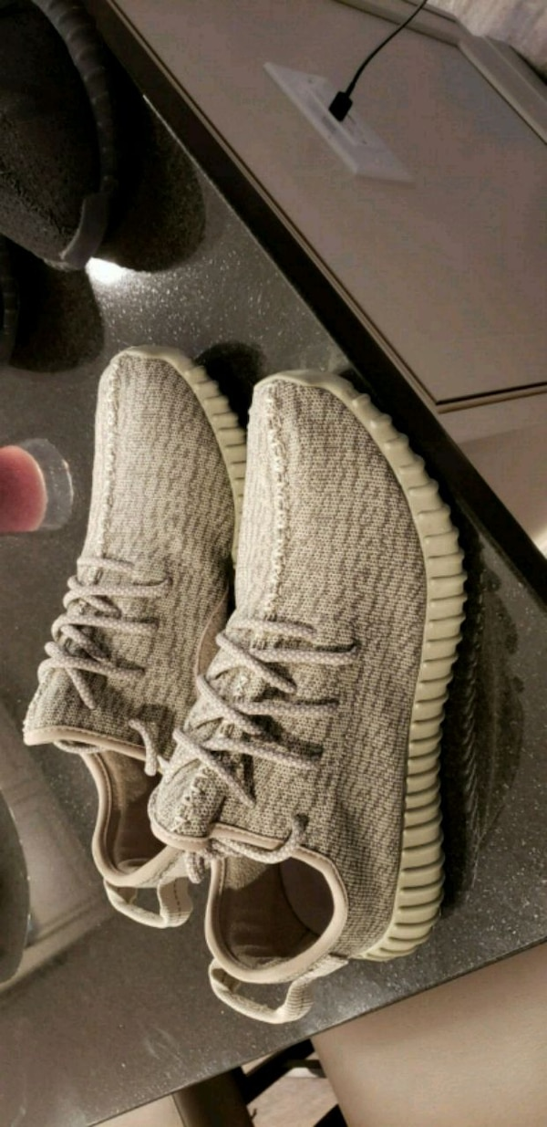 dbeb0cec22424 Used UA BRAND NEW SIZE 11 YEEZY 350 OXFORD TAN for sale in ...