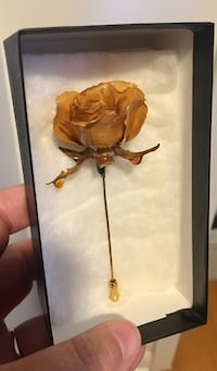 Rare Real Rose Stickpin by Chrystalle ('79) Welland, L3C 4Z1