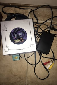 Gamecube System w 4X Memory Card and Gamecube Controller