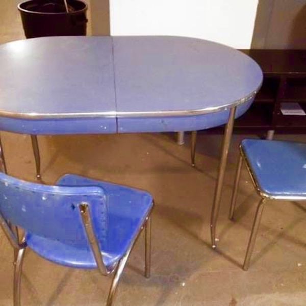 Vintage Antique 1950 S Kitchen Table And Chairs