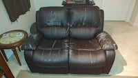Faux leather recliner Whitby, L1R 3B3