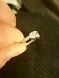 Size 7 10k with solid white gold  Edmonton, T5N 1P1