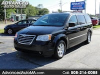 2010 Chrysler Town & Country Touring North Attleboro