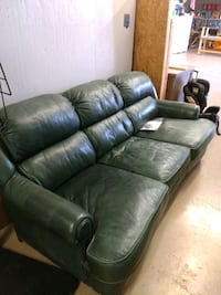Real Leather couch Westwego, 70094