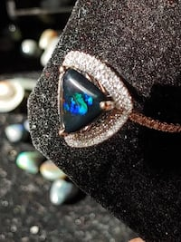 Natural Black Opal Trillion Cut 18k Ring 10x10mm London, N5V 5C7