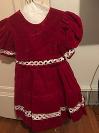Red and white crew-neck cap-sleeved dress