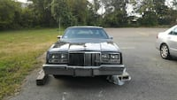 1981 Buick Riviera low milage 35701 MAKE OFFER