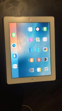 White ipad with black case Winnipeg, R2H 0R3