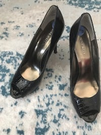 Nine West black high heel shoes 7.5 Richmond, V6X 2A2