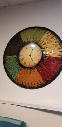 Wall clock and matching candles holder Calgary, T2Y 2X3