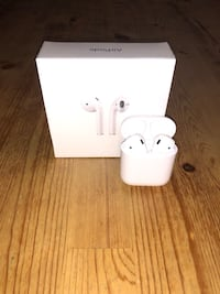 Apple AirPods $120 New Sealed Tobyhanna, 18466