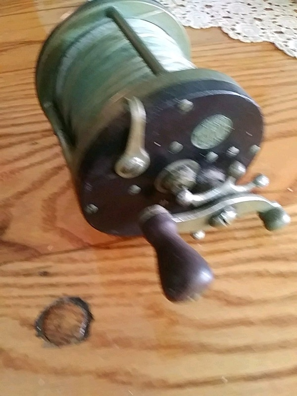 4b2f3d4b71b Used Antique Penn fishing reel for sale in Hallandale Beach - letgo