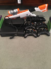 Xbox 360 console, controller, and game cases Norwalk, 06851